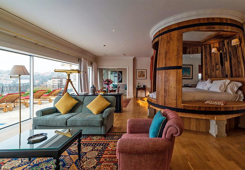 A very fancy hotel suite
