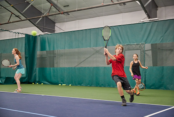 A tennis camp at Garden of the Gods Resort and Club / Photo: Andrew Maguire